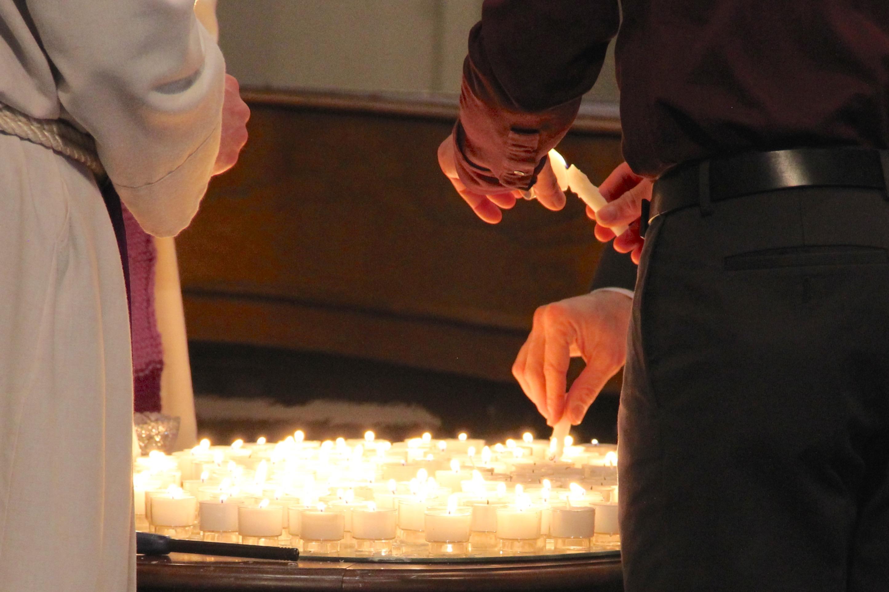Lenten prayer candles